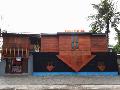 Rumah Terbalik, Spot Selfie Terbaru di Pantai Kuta Lombok