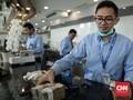 Mengasah Kemampuan OJK Menyeret Turun Bunga Kredit Bank