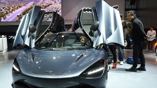 McLaren 720S, si Cantik Bertenaga Monster Resmi Mengaspal