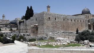 Masjid Al Aqsa di Yerusalem Terbakar