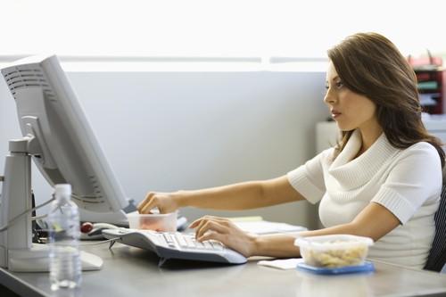 Millennial Stres 4 Jam Sehari Karena Karier Hingga Cinta, Ini Dampak Buruknya
