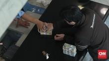 OJK Masih Kaji Penangguhan Cicilan Kredit Usulan Jokowi