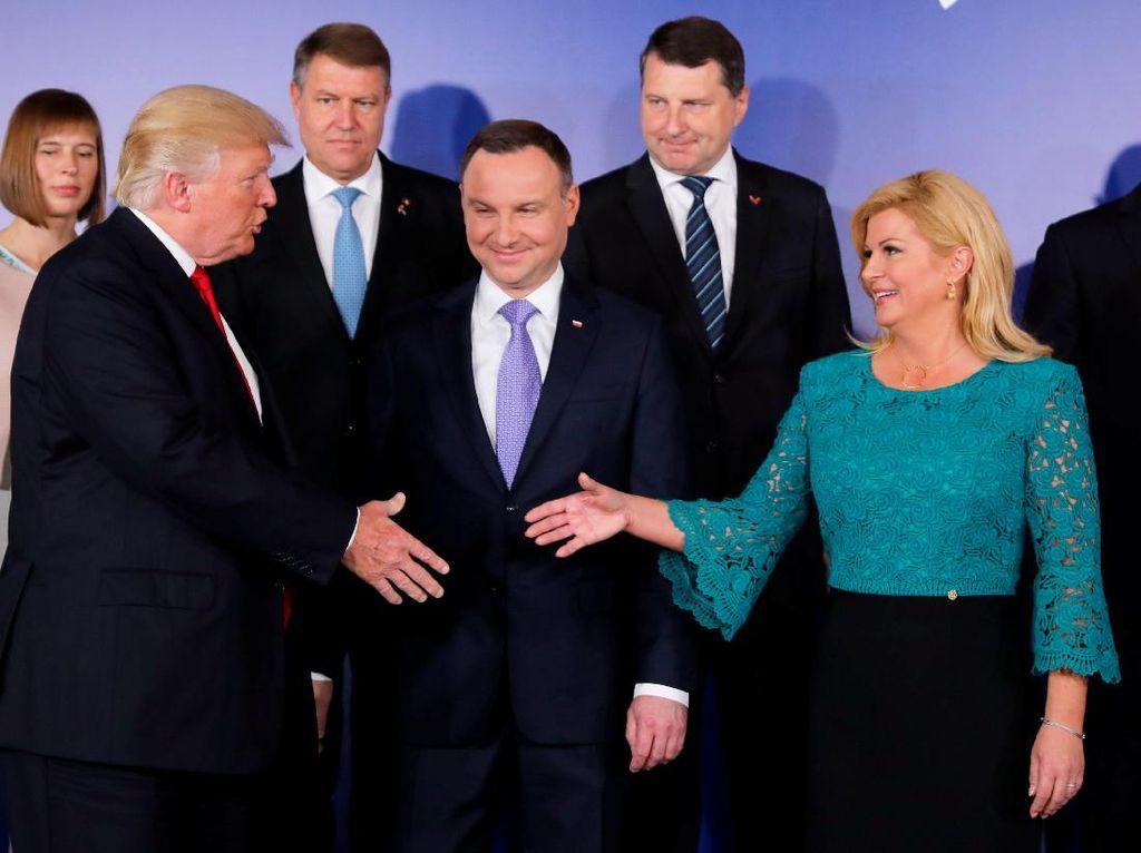 Foto: Gaya Busana Presiden Kroasia yang Jadi Korban Foto Hoax Berbikini