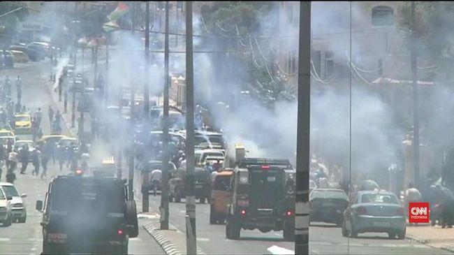 Bentrok Kembali Pecah di Al Aqsa