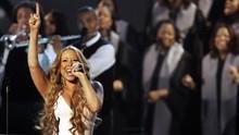 Mariah Carey Diminta Pakai Batik dan Hadir di Acara Desa