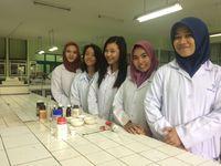 Inovasi ini terpilih sebagai salah satu gagasan terbaik di ajang International Society of Pharmaceutical Engineering (ISPE) di Jakarta pada Mei 2016 lalu. (Foto: Ayu Tarantika Indreswari/UNAIR)