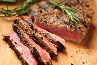Daging sapi adalah menu makan siang yang mengenyangkan. Patut diingat, 100 gram daging sapi mengandung 332 kalori. (Foto: Thinkstock)