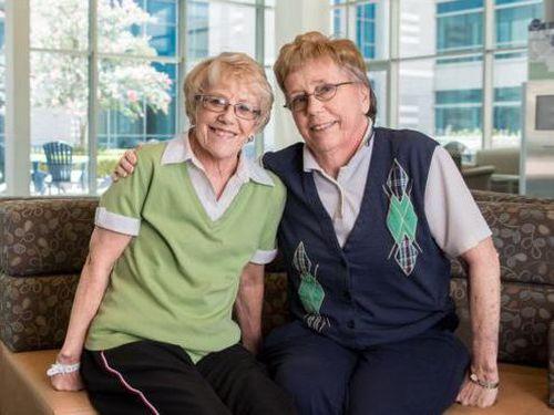 Kembarannya Kena Kanker Ganas, Wanita Ini Rela Donorkan Kulitnya