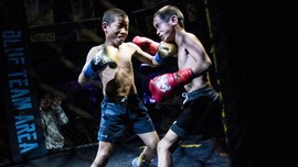 FOTO: Kontroversi Petarung Cilik MMA di China
