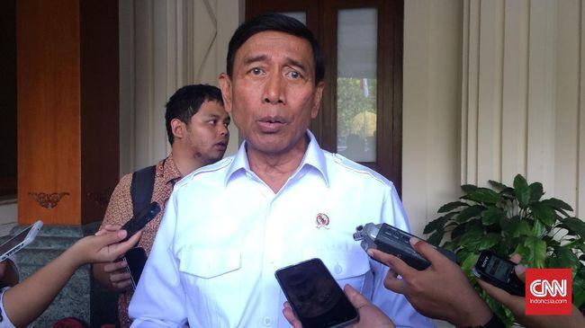 Wiranto Minta Polisi 'Gebuk' Pelaku Penyerangan Tokoh Agama