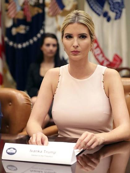 Lagi, Ivanka Trump Disebut Aji Mumpung Promosikan Bisnis Fashionnya