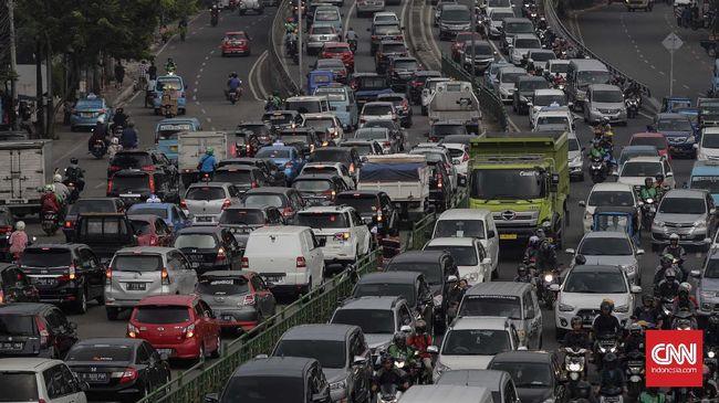 Pasang Iklan di Kendaraan, Solusi Terkini Media Luar Ruang