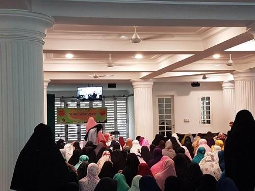 Niqab Squad, Ketika Ratusan Wanita Bercadar Bertemu untuk Silaturahmi
