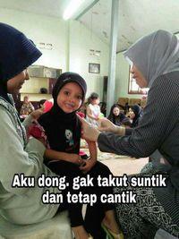 Demi tetap cantik, senyum tetap harus tersungging.Facebook: Eko Bambang Visianto