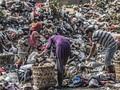 FOTO: Jakarta yang Terus Berkutat dengan Sampah