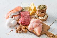 Protein sangat penting untuk mendukung program penurunan berat badan. Dengan mengonsumsi menu protein yang cukup membuat Anda tak cepat lapar dan meningkatkan lemak. Foto: Thinkstock