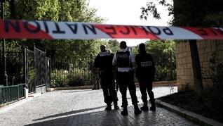 Perancis Tangkap Pelaku Penabrakan Tentara di Paris