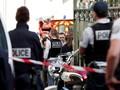 Mobil Sengaja Tabrak Tentara di Pinggiran Paris, Enam Terluka