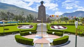 Tugu Khatulistiwa di Ekuador Malah Tak Dilintasi Khatulistiwa