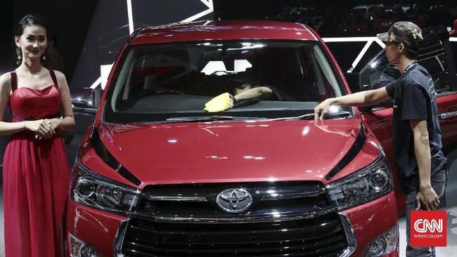 Sebagai pameran otomotif berskala internasional yang mengedepankan kemajuan dan perkembangan teknologi otomotif, GIIAS menjadi ajang yang tepat untuk mengedukasi pelaku industri untuk menyadari perkembangan di dunia otomotif global.(CNN Indonesia/Andry Novelino)