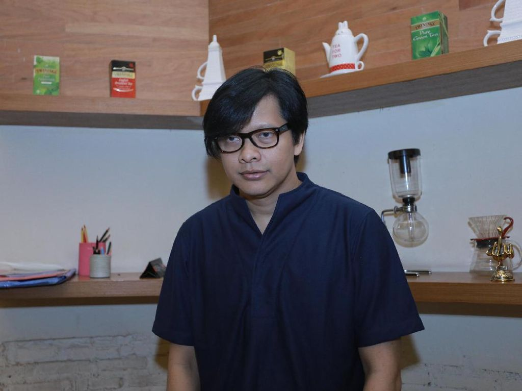 10 Artis Indonesia yang Tidak Menua, Wajahnya Dari Dulu Gitu-gitu Aja