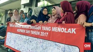 Kisah Korban First Travel yang 'Disogok' Batik dan Koper