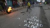<p>Menurut Odinga, perolehan hasil ini berbeda jauh dengan hasil hitung cepat yang dilakukan independen oleh partainya sendiri. (AFP Photo/Tony Karumba)</p>