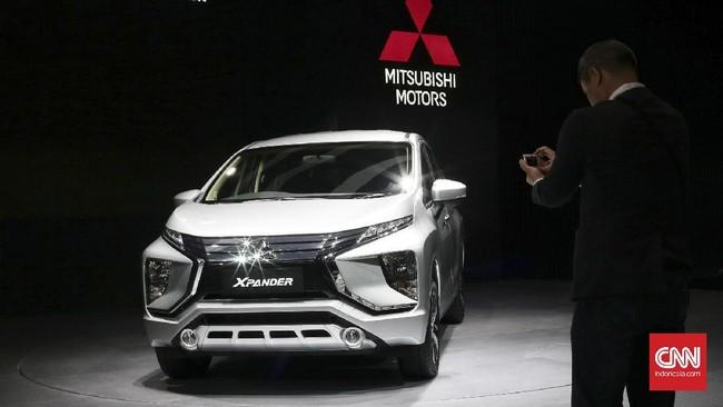 <p>Mitsubishi menjadi salah satu perusahaan yang memboyong beberapa varian mobil terbarunya.(CNN Indonesia/Andry Novelino)</p>