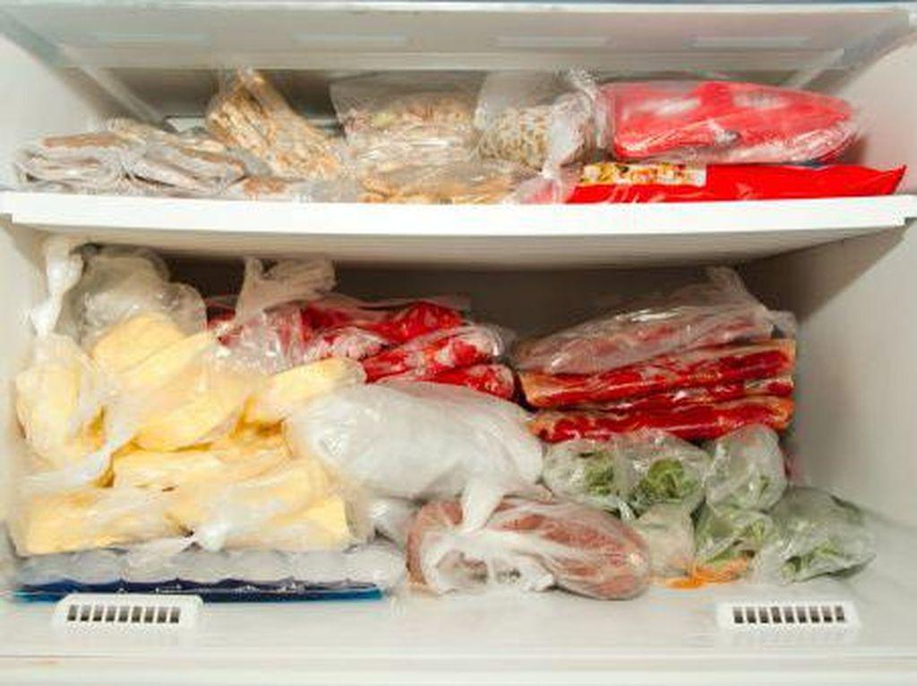 Catat! Sebaiknya Jangan Bekukan 12 Bahan Makanan Ini Dalam Freezer