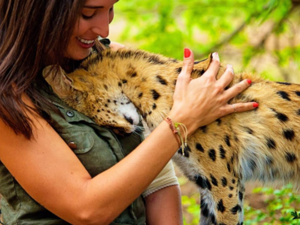 Shannon sangat dekat dengan binatang seperti terlihat dalam foto ini. Foto: Instagram
