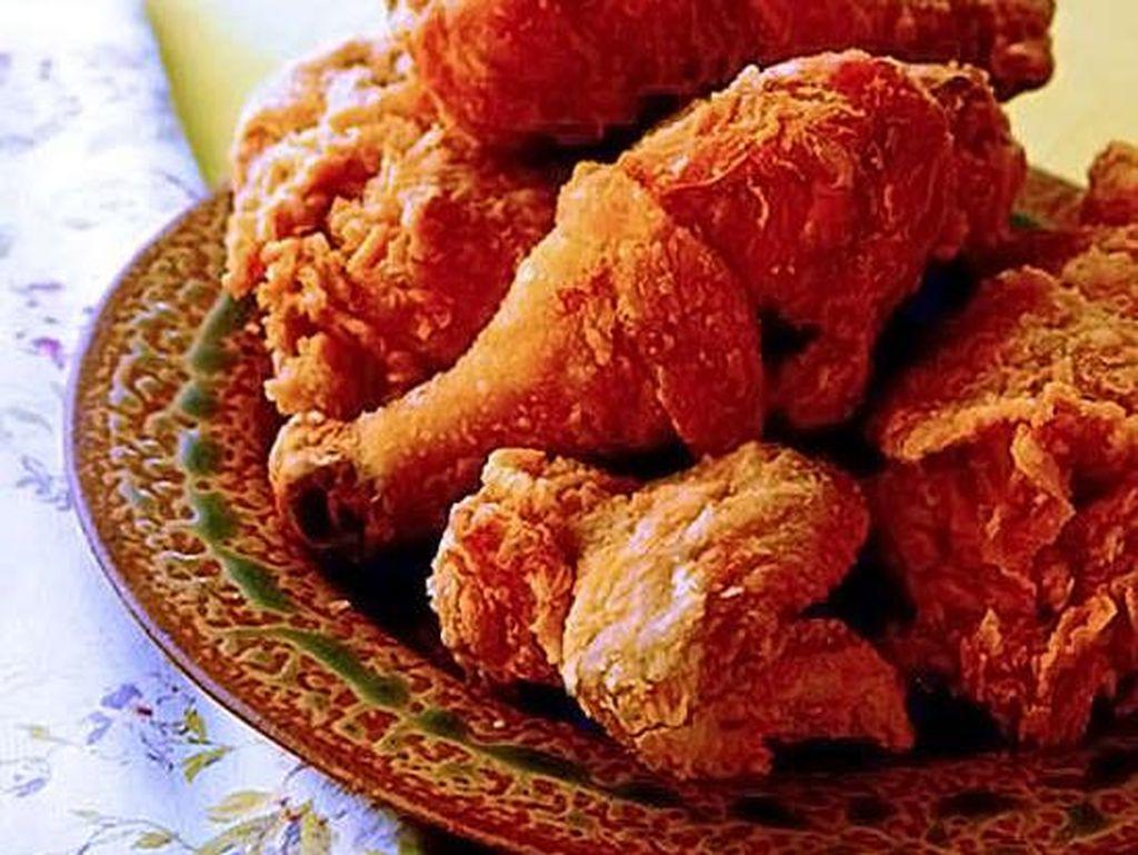 Marcy Mac's Tea Room, Atlanta, Anda akan mendapatkan ayam goreng dengan dua makanan sampingan yang dapat dipilih. Foto: Istimewa
