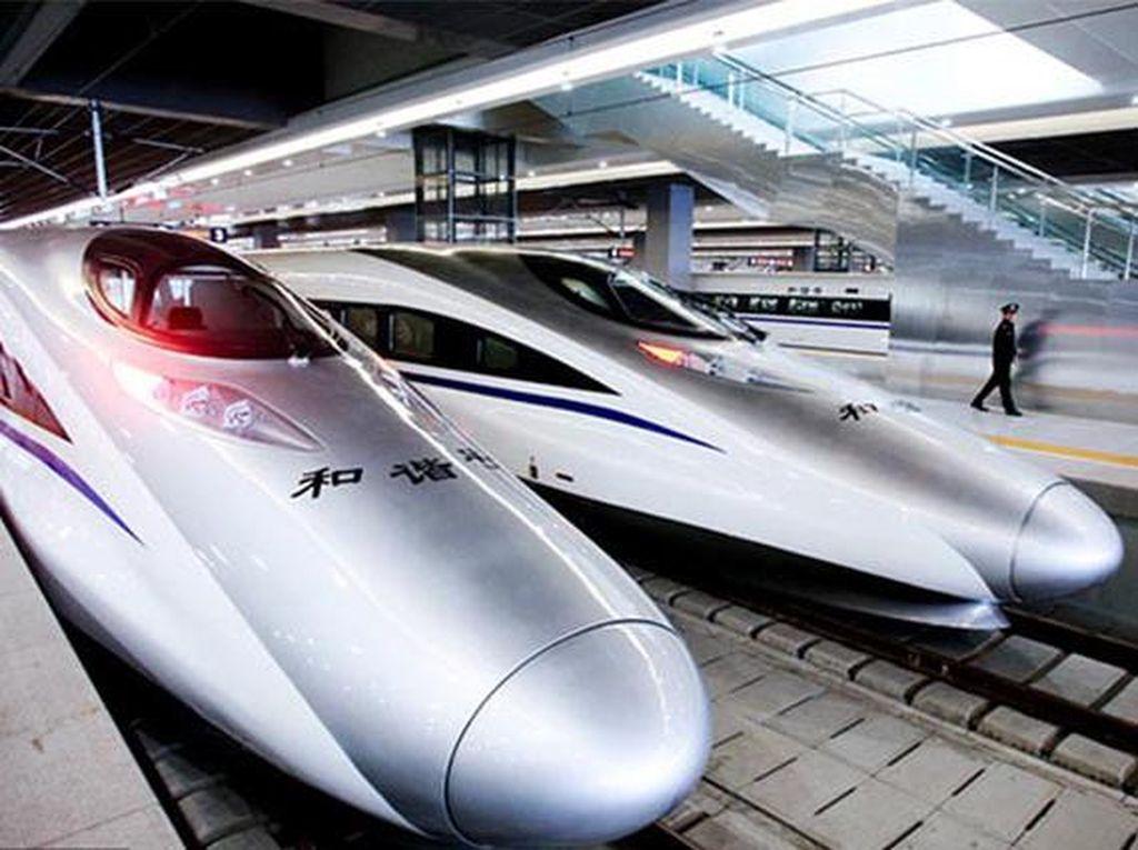 Harmony CRH380A di China dengan kecepatan 379 km/jam. Kereta ini melayani rute Shanghai-Hangzhou. (Chinadaily)