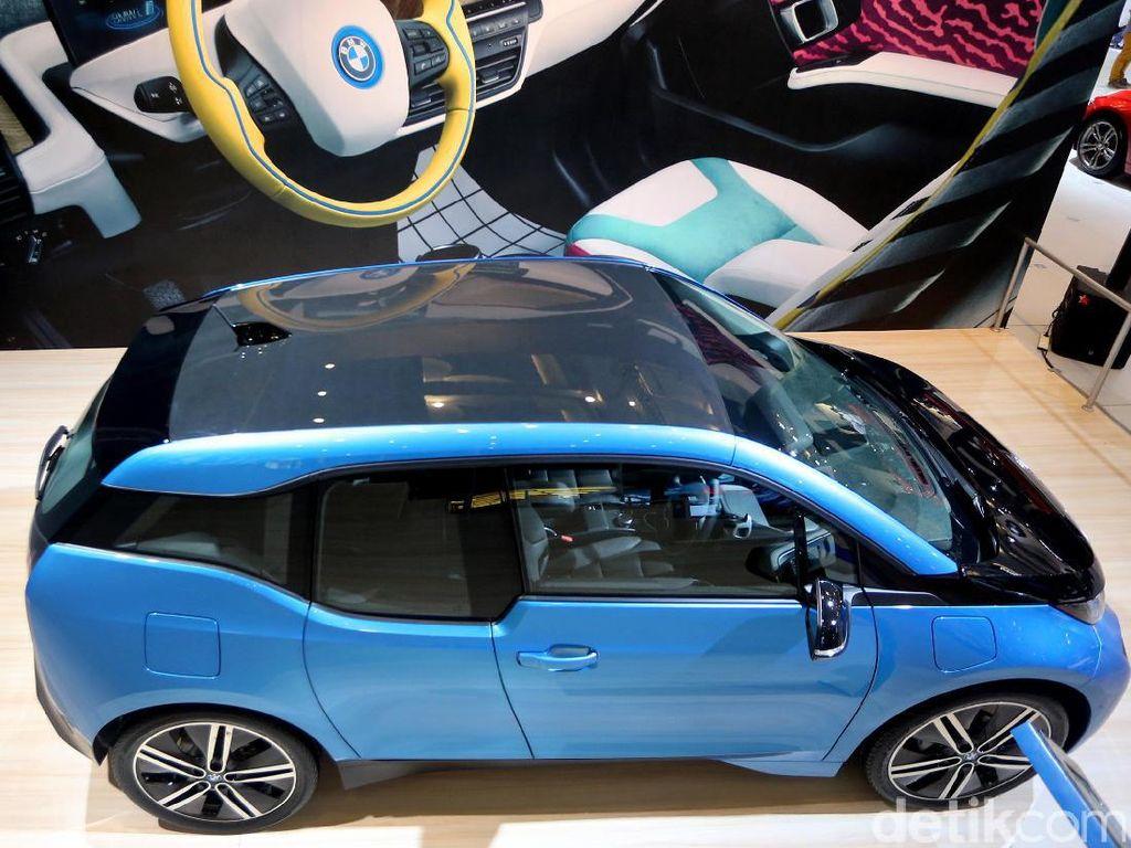 Selain itu, BMW i3 dibangun menggunakan struktur LifeDrive Architecture sebagai dasar.