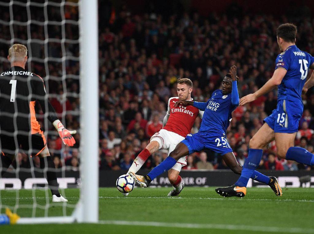 Ramsey langsung bikin gol di menit ke-83. Gol ini menghidupkan semangat Arsenal. (Foto: Shaun Botterill/Getty Images)