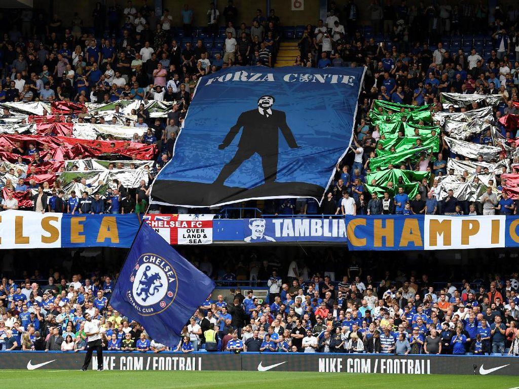 Chelsea membuang kesempatan untuk menandai laga pembuka liga Inggris musim 2017/2018 dengan kemenangan. Tim besutan Antonio Conte itu kandas di tanagn Burnley 2-3. (Tony OBrien/Reuters)