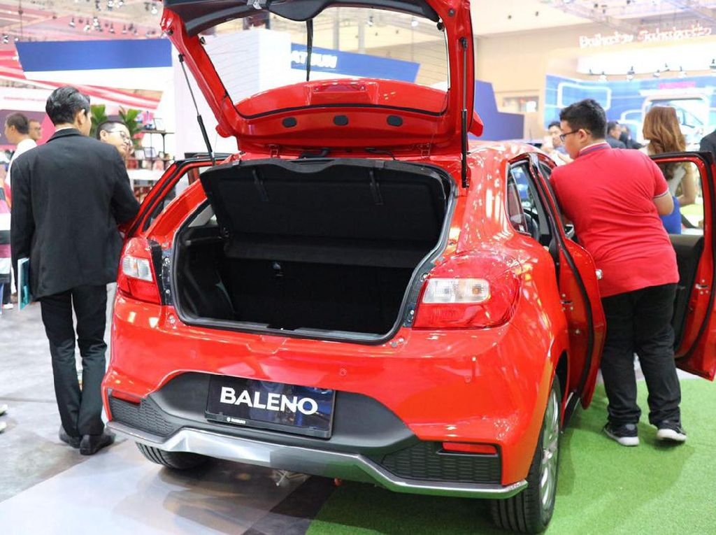 Baleno hatchback mengusung tema Flashy, Premium, dan Comfort. Foto: Dina Rayanti