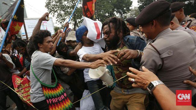 Polisi Tangkap Ketua KNPB Agus Kossay di Sentani