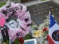 FOTO: Mengenang Empat Dekade Kepergian Elvis Presley