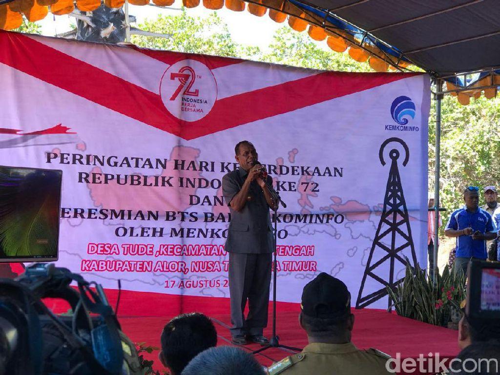 Bupati Alor Amon Djabo memberikan kata sambutan. Foto: Adi Fida Rachman/detikINET