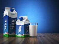 Menggunakan karton susu untuk latihan angkat beban merupakan alternatif yang lebih murah daripada harus membeli dumbbell. Jika ingin beban yang lebih berat, Anda juga bisa menggunakan beras ukuran 5 kg. Foto: thinkstock