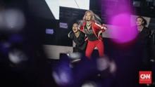 Deru Nada EDM Hyoyeon 'SNSD' di Hari Ketiga HUT 17 Transmedia