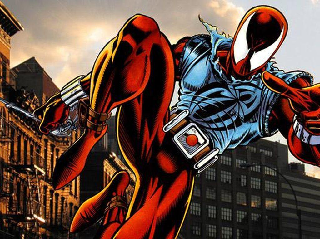 Kostum bernama Scarlet Spider-Man ini digunakan kloningan Peter Parker yang bernama Ben Reilly. Kostum ini dibuat tahun 1994. Foto: istimewa