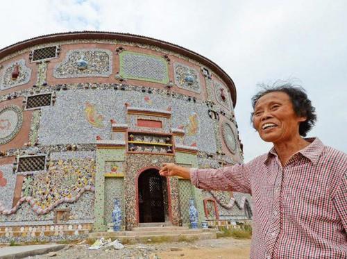 Wanita 86 Tahun Ini Rela Habiskan Rp 12 Miliar Bangun Istana Keramik