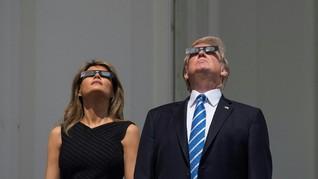 Melania Trump dan 'Gaun Gerhana Matahari' Desainer Obama