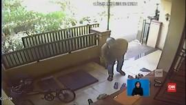 VIDEO: Rekaman CCTV Penyerangan Novel Baswedan