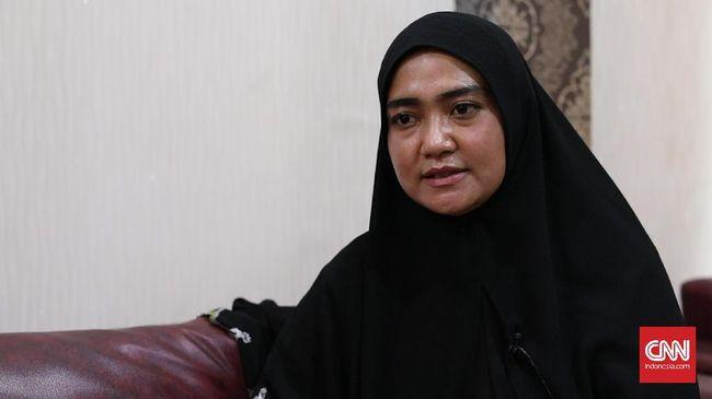 Istri Novel Kecewa Jokowi Tak Temui Suaminya di Singapura