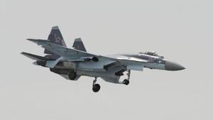 Jet Su-35 Rusia Dilaporkan Cegat Serangan Israel di Suriah