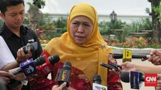 Khofifah Lepas Kapal Pembawa 2 Juta Kg Beras ke Rohingya