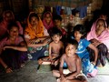 Ribuan Warga Rohingya Terjebak di Perbatasan