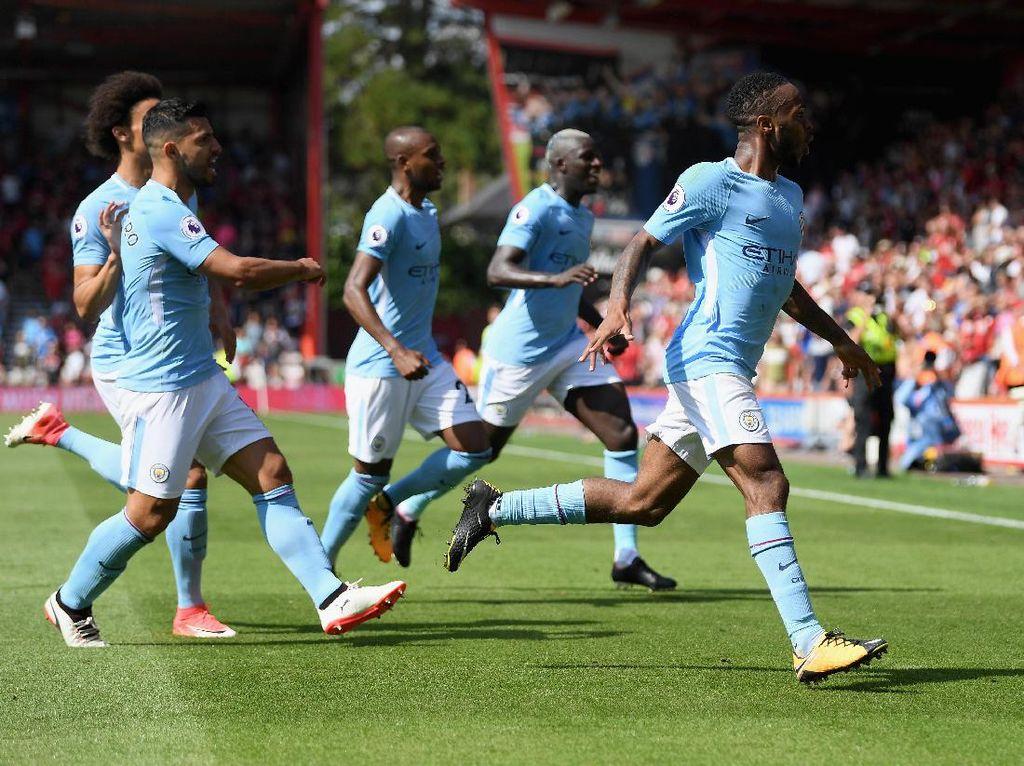 18 kemenangan beruntun sempat dicatatkan City dalam lajunya menjuarai musim ini (26 Agustus 2017-27 Desember 2017). Itu menjadi rentetan kemenangan terpanjang Premier League. (Foto: Mike Hewitt/Getty Images)